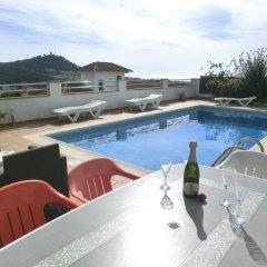 Отель Villa Nuri Испания, Бланес - отзывы, цены и фото номеров - забронировать отель Villa Nuri онлайн бассейн фото 2
