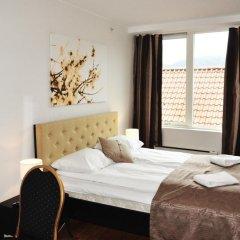 Отель Marken Guesthouse Кровать в женском общем номере фото 5
