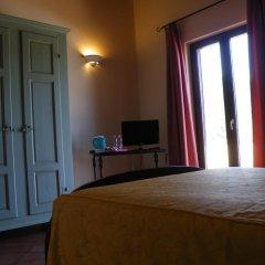 Отель Agriturismo Fattoria Di Gragnone 3* Улучшенный номер фото 2