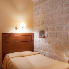 Отель Hôtel Prince Франция, Париж - отзывы, цены и фото номеров - забронировать отель Hôtel Prince онлайн комната для гостей фото 3