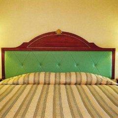 Отель Sabai Inn сейф в номере