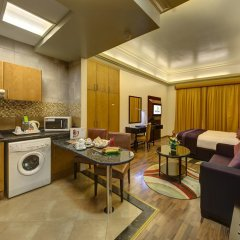 Al Khoory Hotel Apartments Студия с различными типами кроватей фото 7