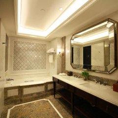 Shanghai Donghu Hotel 4* Улучшенный номер разные типы кроватей фото 4