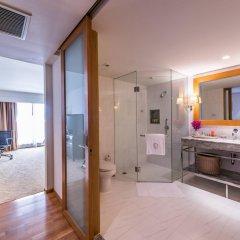 Отель Tower Club at lebua 5* Стандартный номер с различными типами кроватей фото 7