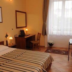 Отель Budapest Museum Central 3* Стандартный номер с двуспальной кроватью фото 7