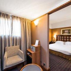 Отель Best Western Hôtel Mercedes Arc de Triomphe 4* Стандартный номер с различными типами кроватей фото 2