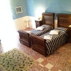 Отель Dimora Storica Palazzo Mayer Италия, Фоссачезия - отзывы, цены и фото номеров - забронировать отель Dimora Storica Palazzo Mayer онлайн комната для гостей фото 4