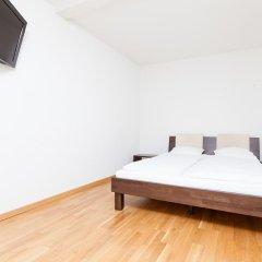 Отель Swiss Star Guesthouse Oerlikon 3* Люкс фото 2
