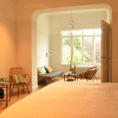 Отель Chambre dhôtes Zita Brussels 4* Люкс повышенной комфортности с различными типами кроватей фото 3