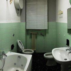 Отель B&B Cavour 124 Номер с общей ванной комнатой фото 2
