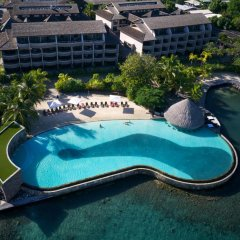 Отель Manava Suite Resort Пунаауиа бассейн