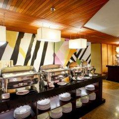 Bedrock Hotel Kuta Bali питание фото 3
