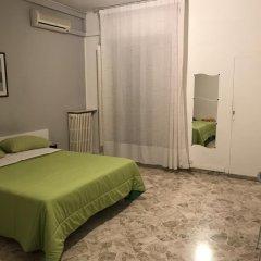 Отель B&B Cavour 124 Номер с общей ванной комнатой фото 4