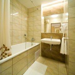Hotel Krystal 3* Улучшенный номер с двуспальной кроватью фото 8
