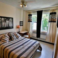 Отель Manoir dYouville 2* Стандартный номер с двуспальной кроватью (общая ванная комната) фото 2
