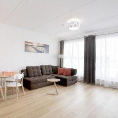 Апартаменты Tallinn Harbour Apartment комната для гостей фото 5