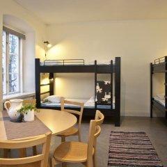Stf Stockholm/af Chapman & Skeppsholmen Hostel Кровать в общем номере фото 5