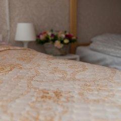Мини-Отель Идеал Стандартный семейный номер с разными типами кроватей фото 12