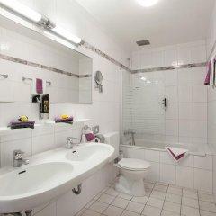 Best Western Ambassador Hotel 3* Стандартный номер с различными типами кроватей фото 2