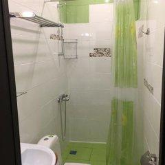 Гостиница Razliv Zaliv Hostel & Hotel в Санкт-Петербурге 3 отзыва об отеле, цены и фото номеров - забронировать гостиницу Razliv Zaliv Hostel & Hotel онлайн Санкт-Петербург ванная фото 2