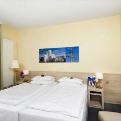 Hotel am Hofgarten 3* Стандартный номер с различными типами кроватей фото 11