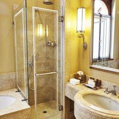 Отель San Clemente Palace Kempinski Venice 5* Улучшенный номер с различными типами кроватей фото 2