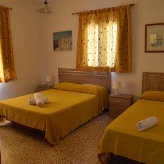 Отель Pensión Eva Стандартный номер с различными типами кроватей фото 8