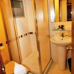 Отель Grand Lucky Бангкок ванная фото 2