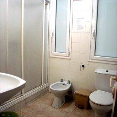 Отель Pension Lo-Egin Испания, Сан-Себастьян - отзывы, цены и фото номеров - забронировать отель Pension Lo-Egin онлайн ванная