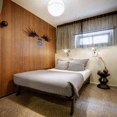 Hotel V Frederiksplein 3* Стандартный номер с двуспальной кроватью фото 3
