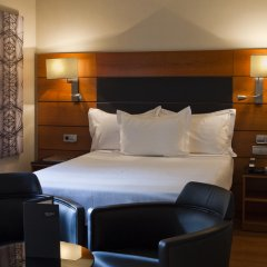 AC Hotel Carlton Madrid by Marriott 4* Стандартный номер с различными типами кроватей