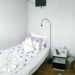 Отель Trakia Bed & Breakfast 2* Стандартный номер с различными типами кроватей (общая ванная комната) фото 6