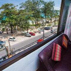 Отель Patong Beach Bed and Breakfast балкон фото 3