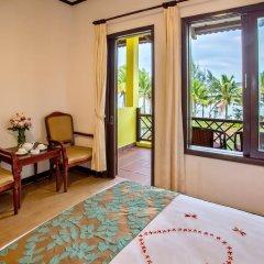 Отель Agribank Hoi An Beach Resort 3* Номер Делюкс с различными типами кроватей фото 11