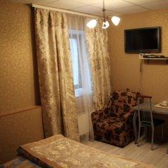World Hostel Кровать в женском общем номере с двухъярусной кроватью