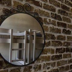 Hostel Lybeer Bruges Кровать в общем номере с двухъярусной кроватью фото 3