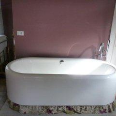 Отель B&B La Suita Италия, Чизон-Ди-Вальмарино - отзывы, цены и фото номеров - забронировать отель B&B La Suita онлайн ванная фото 2