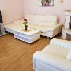 Апартаменты Naiza Guesthouse and Apartments комната для гостей фото 5