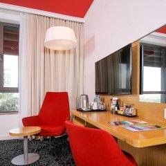 Отель Park Inn by Radisson, Abu Dhabi Yas Island 3* Стандартный номер с различными типами кроватей фото 2