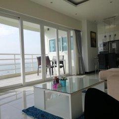 Отель Blue Ocean Suite Паттайя комната для гостей фото 5