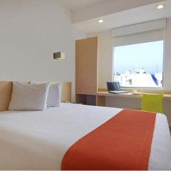 Отель One Acapulco Costera 3* Улучшенный номер с различными типами кроватей фото 2