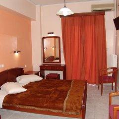 Cosmos Hotel 2* Улучшенный номер с двуспальной кроватью фото 2