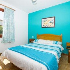 Отель Villa Isi Испания, Кала-эн-Бланес - отзывы, цены и фото номеров - забронировать отель Villa Isi онлайн комната для гостей фото 2