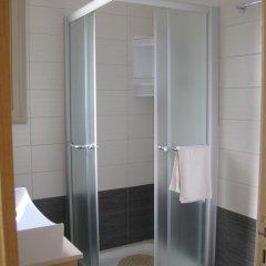 Отель Polyxenia Isaak Villa 30 Кипр, Протарас - отзывы, цены и фото номеров - забронировать отель Polyxenia Isaak Villa 30 онлайн ванная