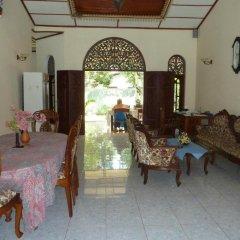 Отель Villa La Luna Шри-Ланка, Берувела - отзывы, цены и фото номеров - забронировать отель Villa La Luna онлайн интерьер отеля фото 2