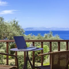 Отель Aeolos Beach Resort All Inclusive Греция, Корфу - отзывы, цены и фото номеров - забронировать отель Aeolos Beach Resort All Inclusive онлайн балкон
