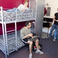Отель USA Hostels San Francisco Кровать в общем номере с двухъярусной кроватью фото 7
