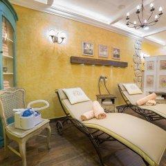 CARLSBAD PLAZA Medical Spa & Wellness hotel 5* Номер Комфорт с двуспальной кроватью фото 4