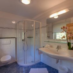 Отель Appartements Verdinserhöhe Сцена ванная