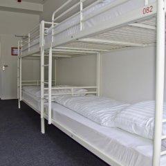 Check In Hostel Berlin Кровать в общем номере с двухъярусной кроватью фото 5